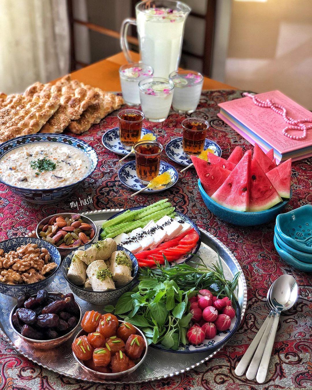 افطاری در ماه مبارک رمضان / Iftar in Ramadan